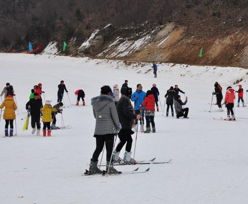 猿人山滑雪一日游