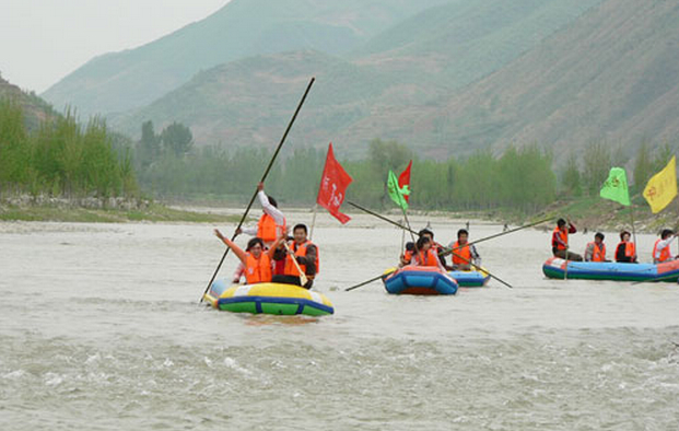 鹳河漂流+老界岭两日游