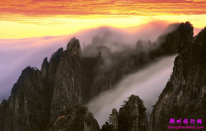 航空:南昌,九江庐山机场,每天均有航班往返与北京,上海,深圳,成都