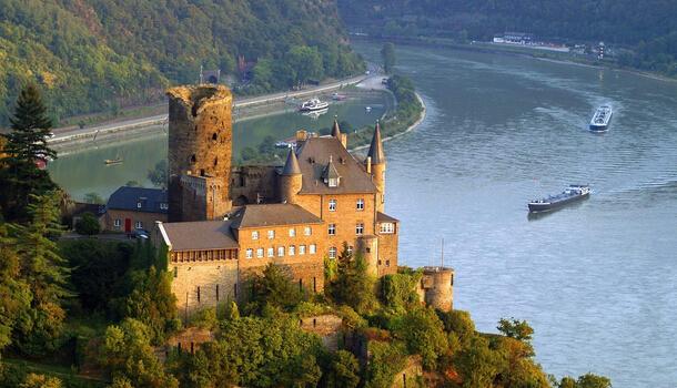 万博app手机版到德国瑞士十日游
