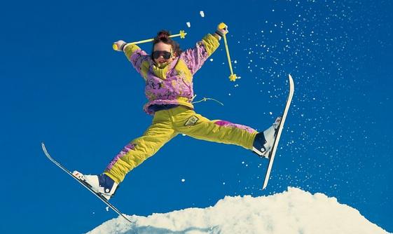 木札岭滑雪 玉京温泉二日游