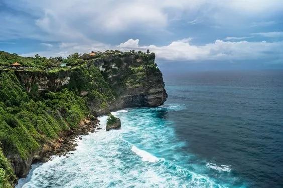 印尼 巴厘岛 明星最爱婚礼举办地    巴厘岛,遍布大批优质酒店